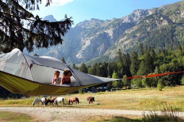 Slapen in een hangende tent- hoogslapen
